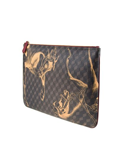 Giant Cheval Pouch
