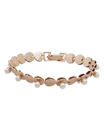 Small Disc With Pearl Bracelet. Brass, Gold Plated & Swarovski Pearls