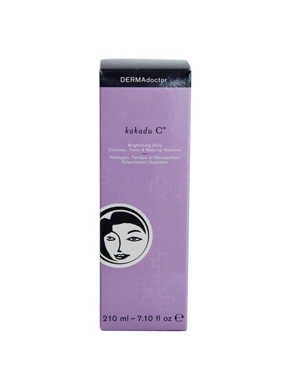 Kakadu C Brightening Daily Cleanser Toner & Makeup Remover