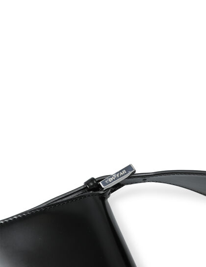 Manu Patent Leather Bag