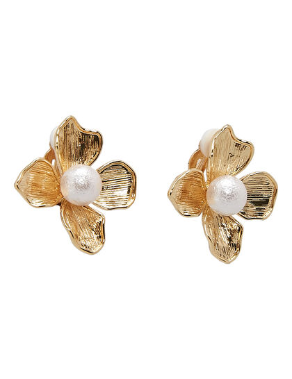 Kjy 1 X 1 Gold With Pearl Center Flower Clip Earring
